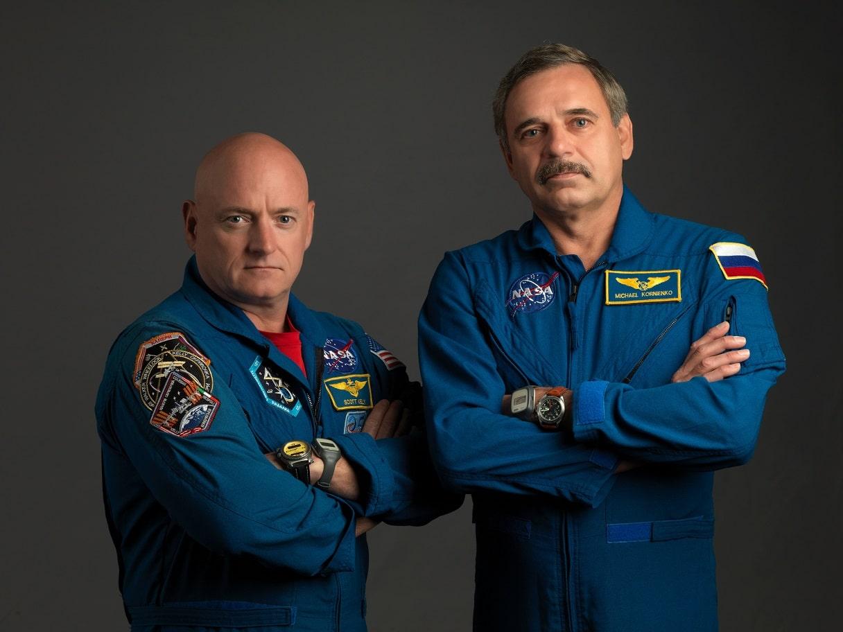 Scott Kelly e Mikhail Kornienko. Fotografia di Bill Stafford