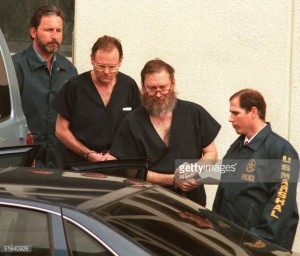 L'arresto di Richard Finke e Larry Wayne Harris