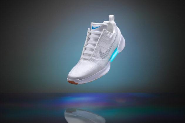 Nike Earl White