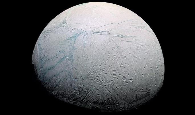 Encelado potrebbe ospitare la vita