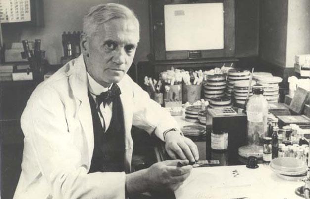Fleming o Tiberio? La penicillina al centro della contesa